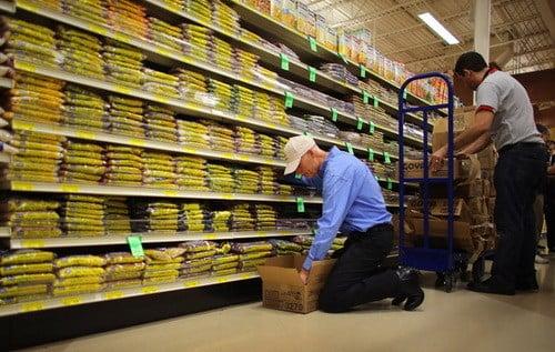 Cum ne ajuta angajatii din supermarket