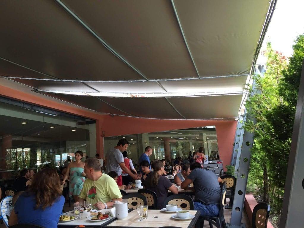Terasa restaurant hotel Aronia