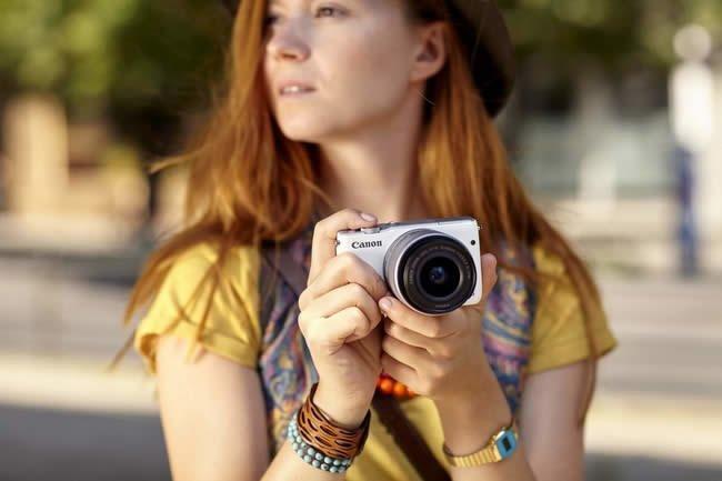 Canon-EOS-M10-kit