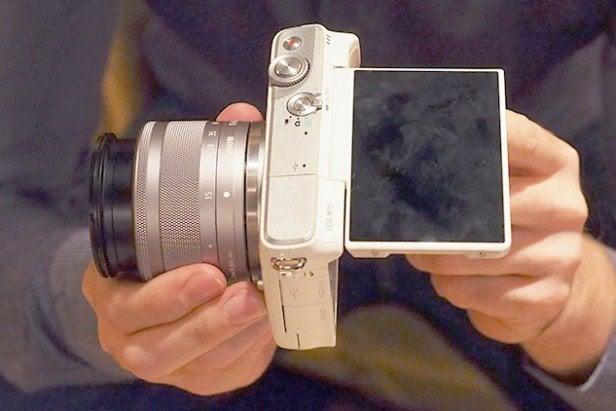 Canon M10 ecran tactil